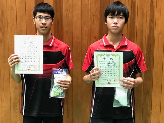 中学生以下男子(複)3位入賞:津久戸選手・柳本選手(芝中学校)