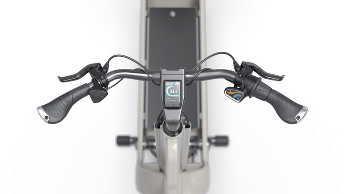 Zentraler Multifunktions-Griff Für leichtes rangieren und easy Handling, um das Bike einfach zu parkieren.