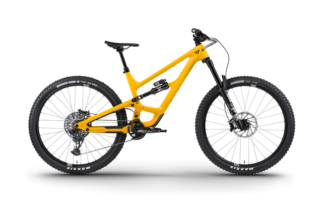 CAPRA 29 Core 3 — Deep Yellow