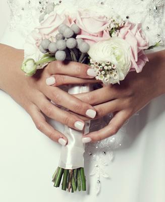 Hochzeitsfrisur & Braut Fingernägel Beauty Harmony München Zentrum
