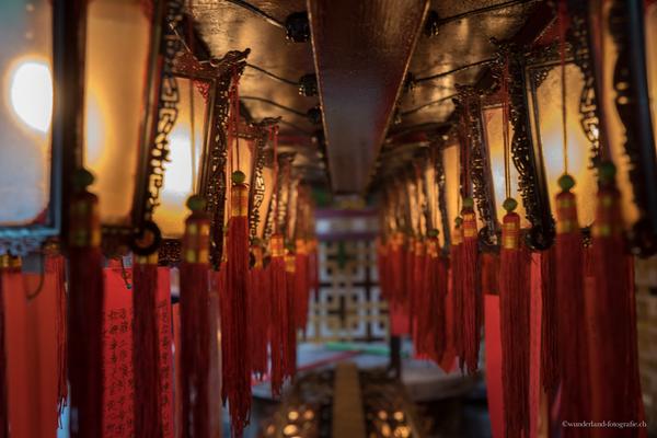 Im Tempel Man Mo