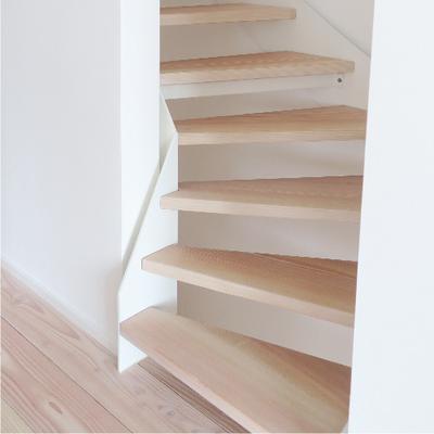Umbau / Energieeffiziente Sanierung einer Doppelhaushälfte in Stuttgart | neue Dachgeschosstreppe