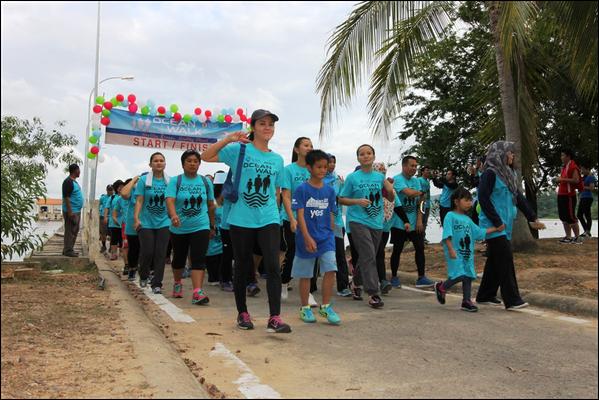 IOI MALAYSIA (FP): A 5km Ocean walk (250 participants)