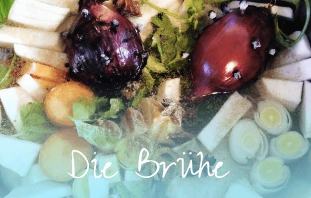 Phở Gà: Die Brühe