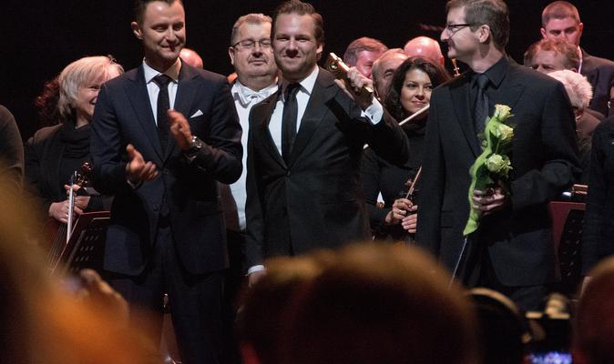 Receiving the FMF Young Talent Award - Festival Director Robert Piaskowski & Legendary Score Producer Robert Townson - Matthijs Kieboom