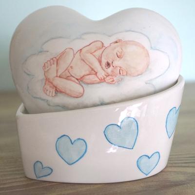 Unieke-handbeschilderde-urnen-baby-urnen-Kinderurnen-baby-urn-met-Portret-urn-voor-foetus-Mini-urn-Bijzondere-urnen-Maatwerk-Urn-Persoonlijke-Urn-Handgemaakte-Urnen-Urn-laten-maken-Urn-laten-beschilderen