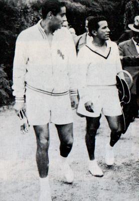 6. Sept. 1955 Weltmeister beim OTC - von links: Gonzales und Segura