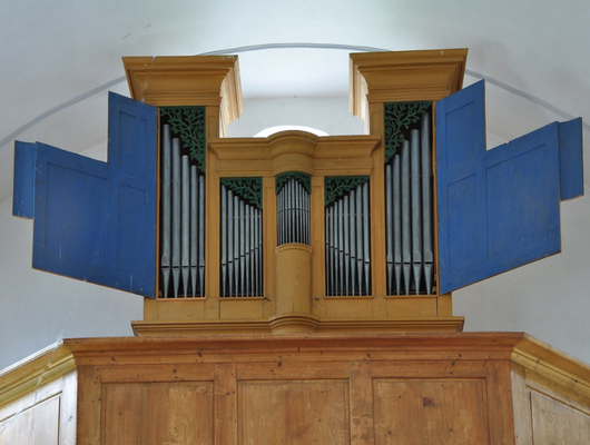 Orgel Bielkapelle mit geöffneten Flügeltüren