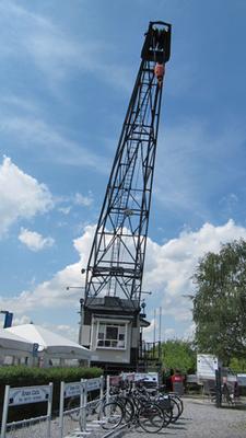 Kran im Hitdorfer Hafen, Leverkusen
