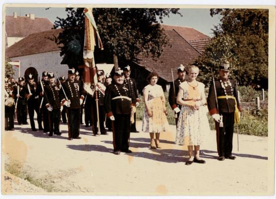 ganz vorne Franz Hintermayr, dahinter links Max Brunner