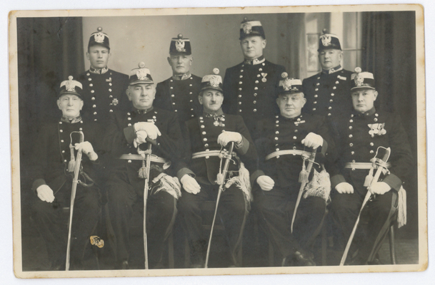 1. Reihe v.l. Johann Kaltenbrunner, Christian Mätzler, Franz Hintermayr, Max Brunner, Josef Fellner