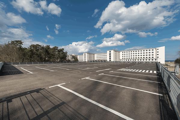 """Parkhäuser """"Neues Prora"""", Insel Rügen"""
