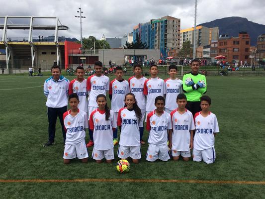 Escuela de Fútbol San Pablo, representando a Croacia en el Mundialito de futbol del IDRD y Fedefutbol.  Victoria 2-0 ante Aguilas Doradas (Australia), Estadio Olaya Herrera, Mayo 20 de 2018
