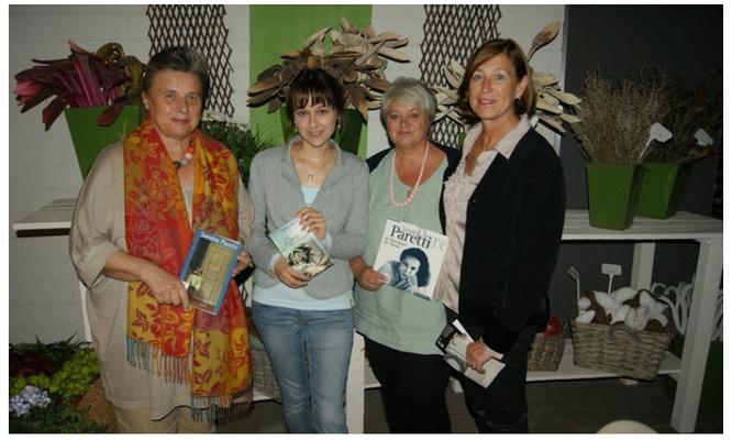 """Lesung """"Sandra Paretti"""" während der Berchinger Literaturwoche, mit Karin Holz, Marita Panzer und Gerlinde Delacroix, Foto: Berchinger Tagblatt"""