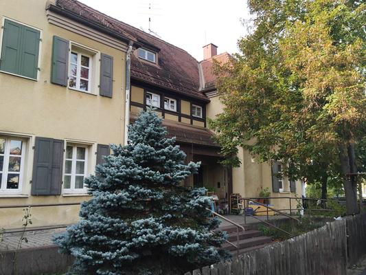 Rheinstraße 4