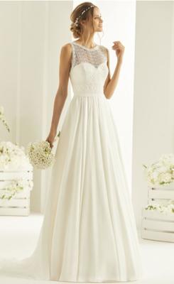 Brautkleid mit Spitze und Chiffon Boho Bianco Evento Brautmoden Per Sempre