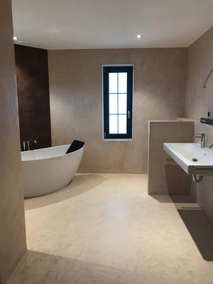 Badezimmer ohne Fliesen - stucco-decor - Kreative ...