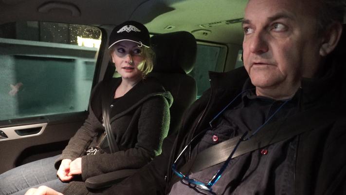 Christian Dungl als David und Johanna Mucha als Nina