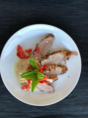 Säulifilet zum Zweiten: Porcino Tonnato mit viel Tomate und Basilikum