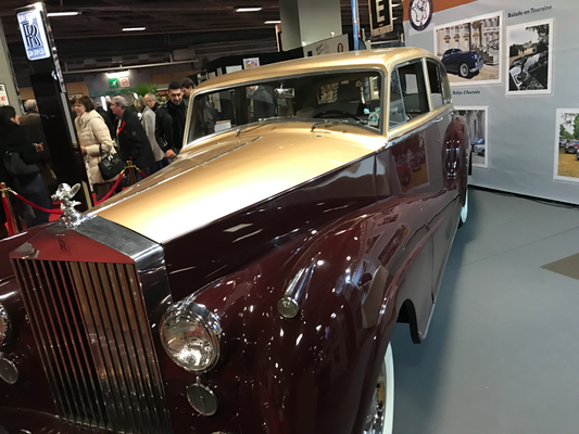 Salon voiture ancienne paris 2017 for Salon porte de versailles calendrier 2017