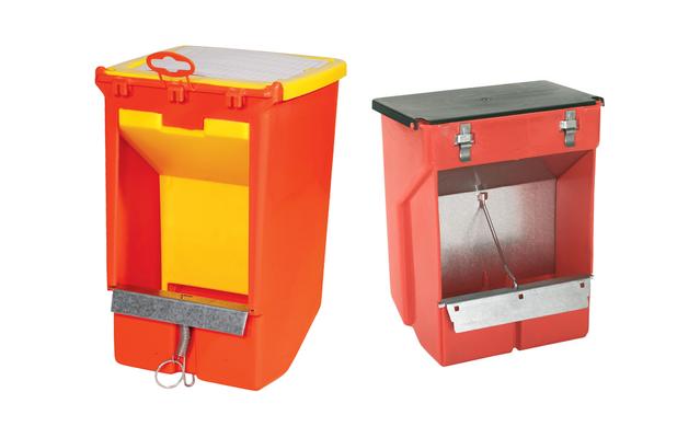 En PVC avec couvercle 1 ou 2 compartiments. Protection métallique anti-rongeable (0.9 ou 1.250 kg)