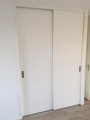 Schuifdeurkast met softclosing deuren