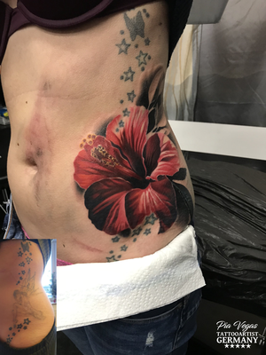 cover up tattoo hibiskus