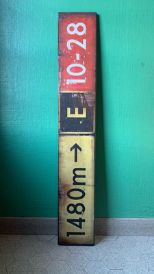 Taxiway Sign, 120x20cm - CHF 240