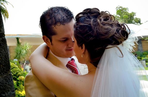 Peinado con rizos para tu boda