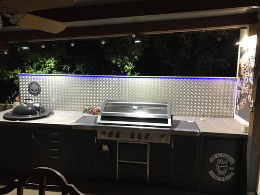 Outdoor Küche Beleuchtung : Neue beleuchtung der outdoorküche sonsofbarbecue