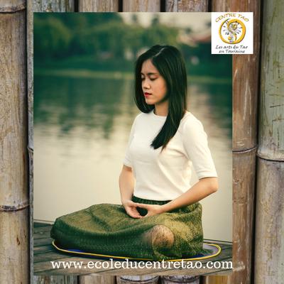 La méditation qi gong apporte la sérénité et la joie de vivre à tout âge.