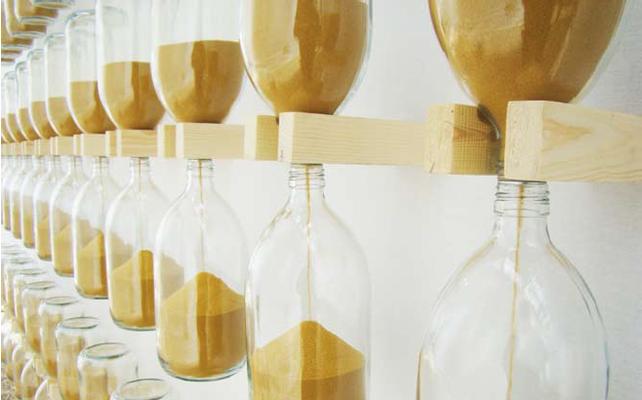"""""""S'oublier de temps en temps"""" - sable, verre, bois - Orangerie du Sénat - Paris 2011"""