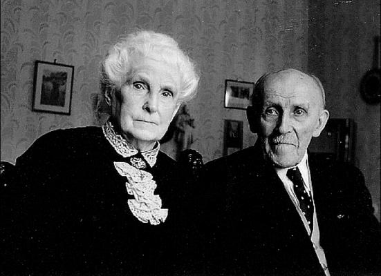 Das Ehepaar Braasch im Jahr 1960. Ausschnitt aus einem Bild in der Bissendorfer Bilderchronik, Band 2