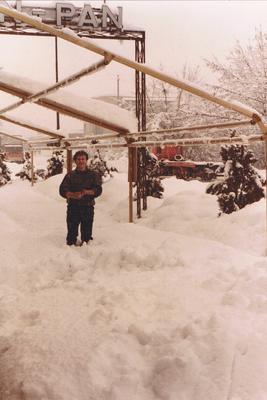 La pizzeria Pan Pan nella nevicata del 1985.
