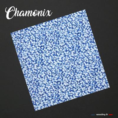 Pochette de costume bleu et blanc