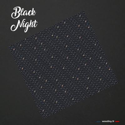 Pochette de costume noir à motifs