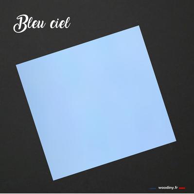 Pochette de costume bleu ciel