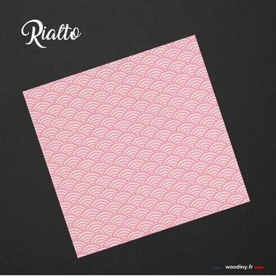 Pochette de costume rose à vagues