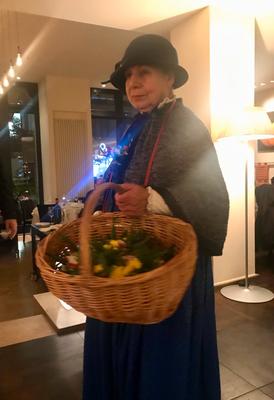 Rosemarie die berühmte Berliner Blumenfrau