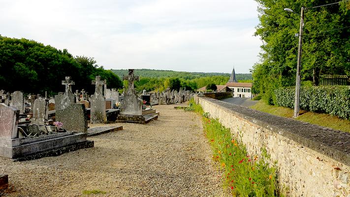 Enherbement et fleurissement du cimetière
