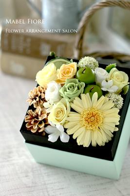 25.ボックスアレンジメント 参考価格 7,300円~ Preserved Flower