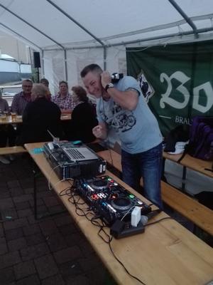 DJ Stiefel heizt ein!
