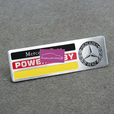 EMBLEMA POWERED MERCEDES-15€