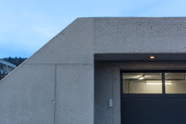 starklvieli_architekten_doppelgarage mit gartenpavillon_hausen am albis_03