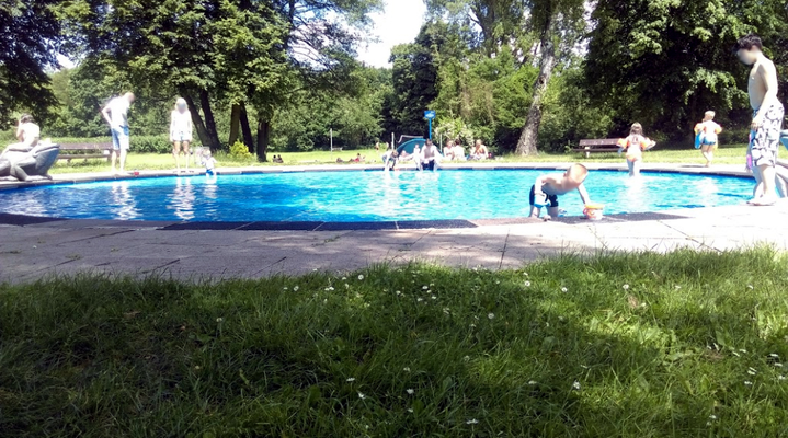 """Foto: Jan Malawski 6.2017 - der Pool für die """"kleinen Gäste"""""""