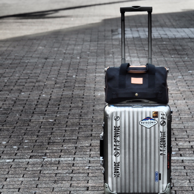 black-travel-bag