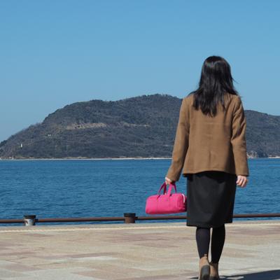 ピンクのシンプルバッグ