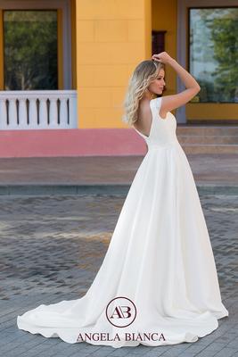 Brautkleid A-Linie aus Spitze und Satin mit Taschen hinten