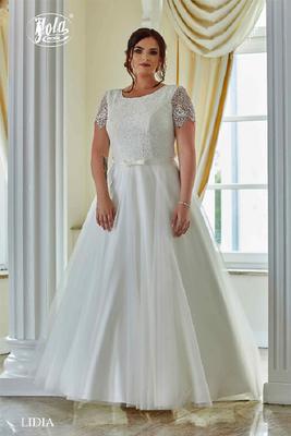 Brautkleid große Größen mit Arm aus Chiffon und Spitze vorne