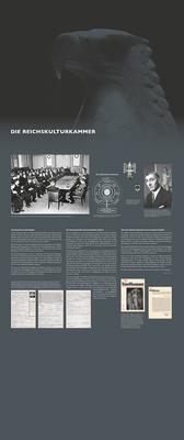 """Ausstellung """"Wahre Kunst"""": Tafel zur Reichskulturkammer, 1,5 m x 3,5 m."""